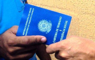 carteiradetrabalho1 jpg 4 1 400x255 - Oportunidades: 122 vagas nas agências do Sine