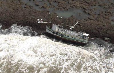 acidente maritimo na Bahia 400x255 - Encontrado mais um corpo de vítima de acidente marítimo na Bahia