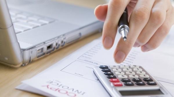 Percentual de endividamento tem queda enquanto inadimplência aumenta