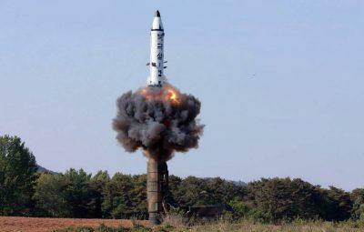 missil coreia do norte 20170522 001 400x255 - Míssil lançado pela Coreia do Norte era de médio alcance, diz EUA
