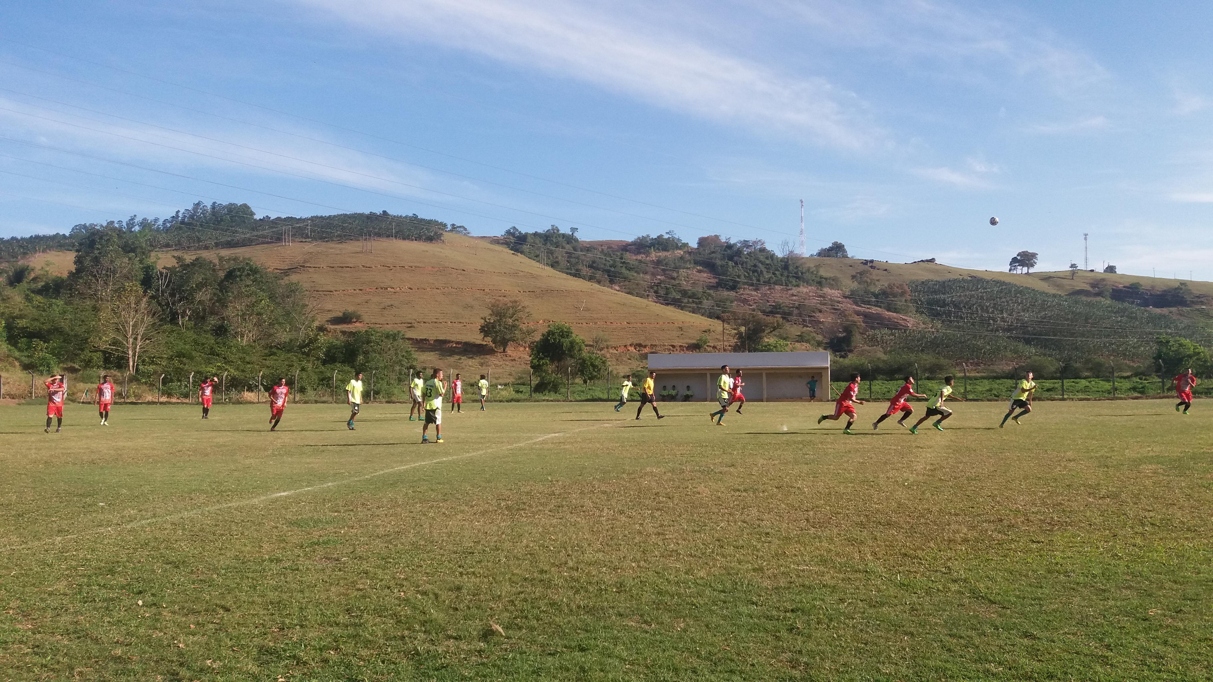 No sufoco, Iconha vence o lanterna Vila Soccer pela liga Cariaciquense sub20