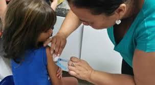 Termina hoje prazo para atualizar carteira de vacina de crianças e adolescentes - Termina hoje prazo para atualizar carteira de vacina de crianças e adolescentes