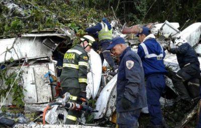 aviao da chapecoense 06 400x255 - Tragédia com avião da Chape completa um ano; relembre os fatos