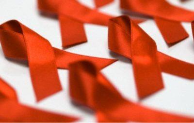 lacos dia mundial de combate aids 400x255 - Sesa realiza ações no Dia Mundial de Luta contra a Aids