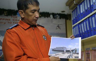 philippines ferry fran 400x255 - Balsa com 251 pessoas a bordo naufraga nas Filipinas