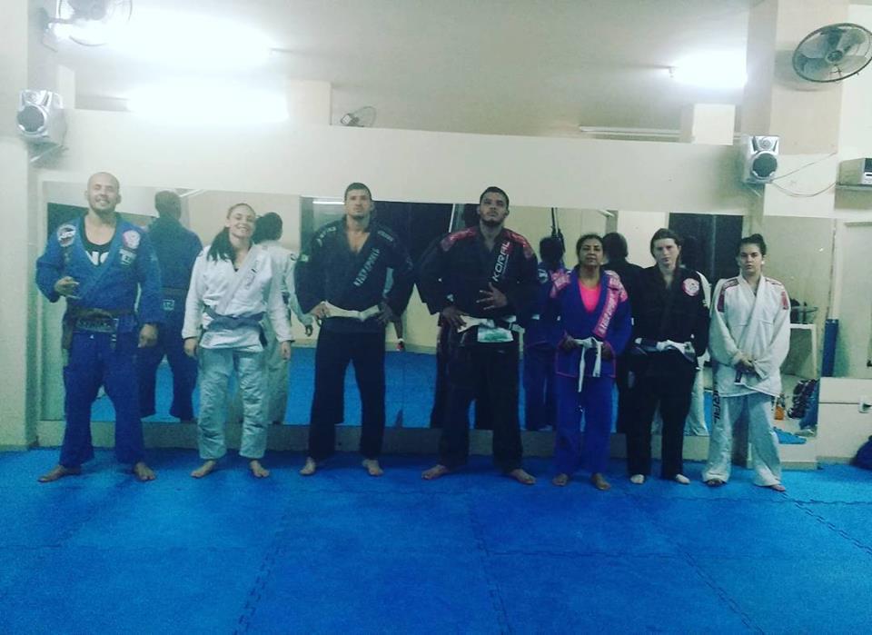 Atletas de Iconha participam de campeonato estadual de Jiu Jitsu em Cariacica
