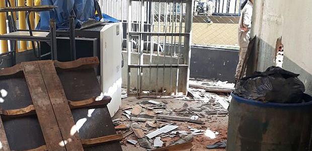 Rebelião em presídio de Goiás deixa 9 presos mortos e 14 feridos