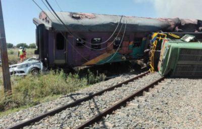 trem 400x255 - Acidente de trem deixa mortos e feridos na África do Sul