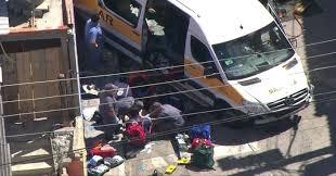 Colisão entre van e caminhão deixou 19 feridos, confirma Corpo de Bombeiros
