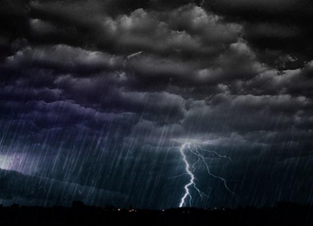 Alerta de chuvas intensas para esta quinta-feira