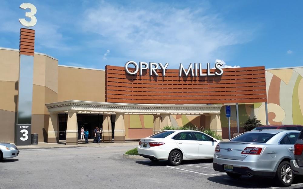 Tiroteio em shopping de Nashville, nos EUA, deixa ferido