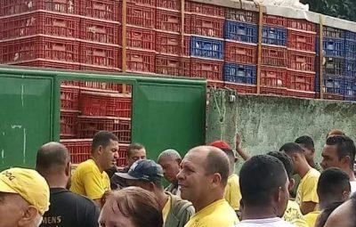 greve 400x255 - 10º dia de greve: caminhoneiros permanecem em 26 pontos de rodovias no Espírito Santo