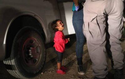 criancas fronteira eua 3 18062018221345773 400x255 - Imagens de crianças separadas dos pais chocam os EUA