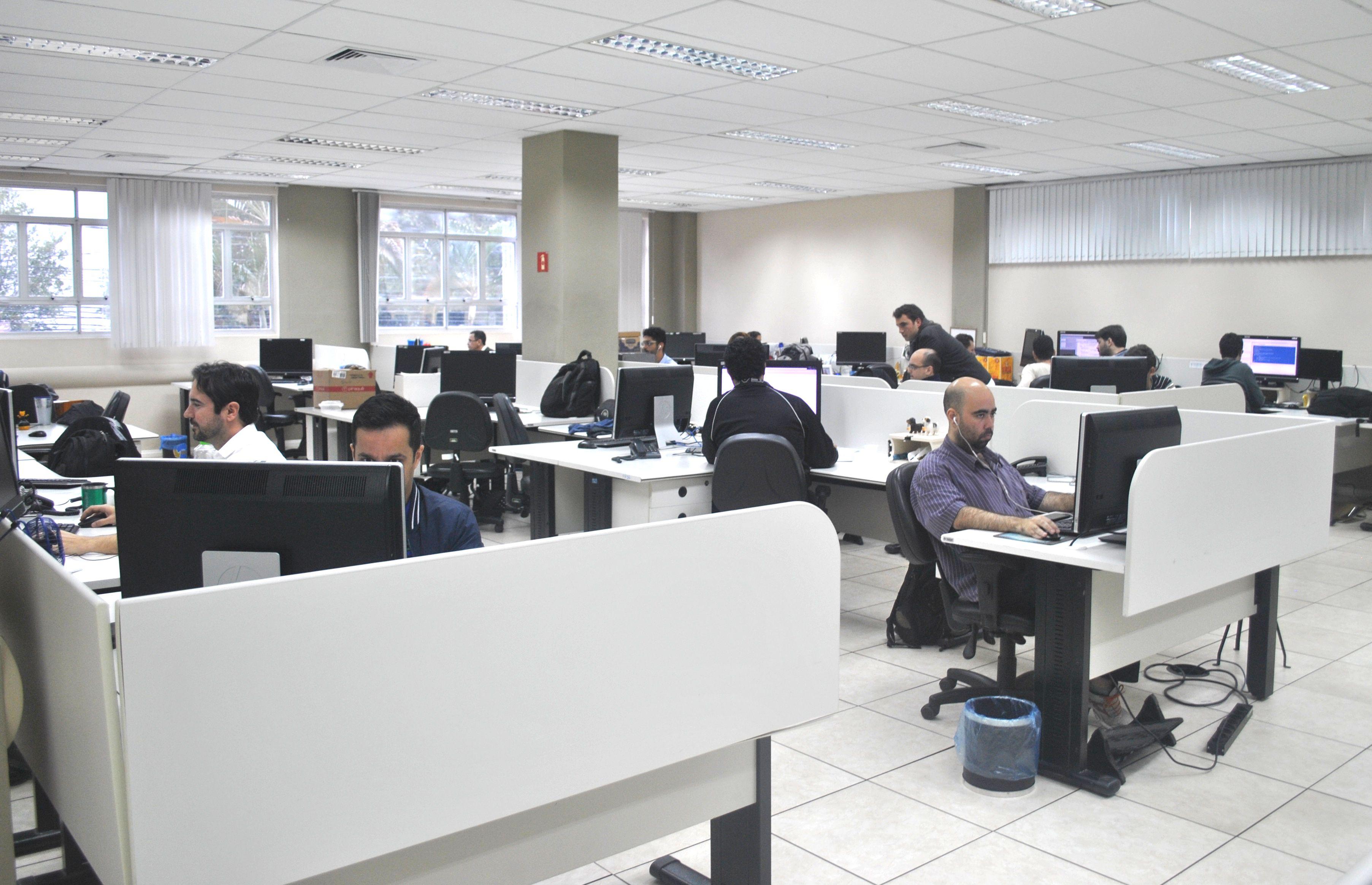 Mais de mil servidores estaduais têm avaliações automáticas do estágio probatório