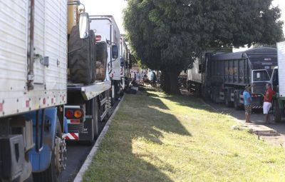 caminhoneiro 400x255 - Senado aprova MP que fixa frete e dá anistia a caminhoneiros