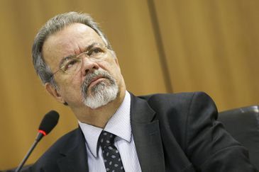 ministro da Segurança Pública Raul Jungmann - Empresas contratadas pelo governo deverão reservar vagas para presos