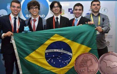 olimpiada quimica.jpg.pagespeed.ic .JsxEqVOyU6 400x255 - Brasil ganha 4 medalhas na Olimpíada Internacional de Química