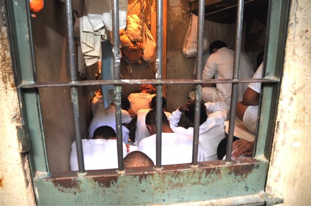 Relatório aponta 'risco de motim' na Papuda por falta de remédios psiquiátricos