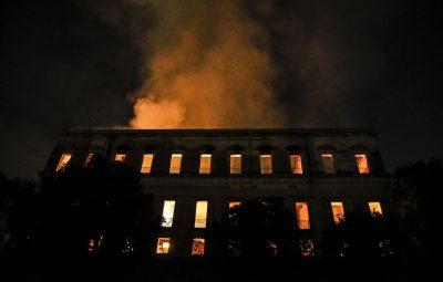 tnrgo abr 0309184338 400x255 - UFRJ: incêndio no Rio é a maior tragédia museológica do país