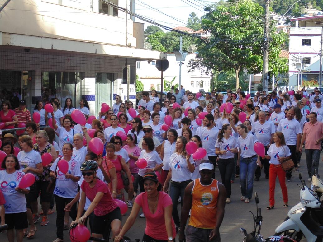 Caminhada vai encerrar ações do Outubro Rosa no município