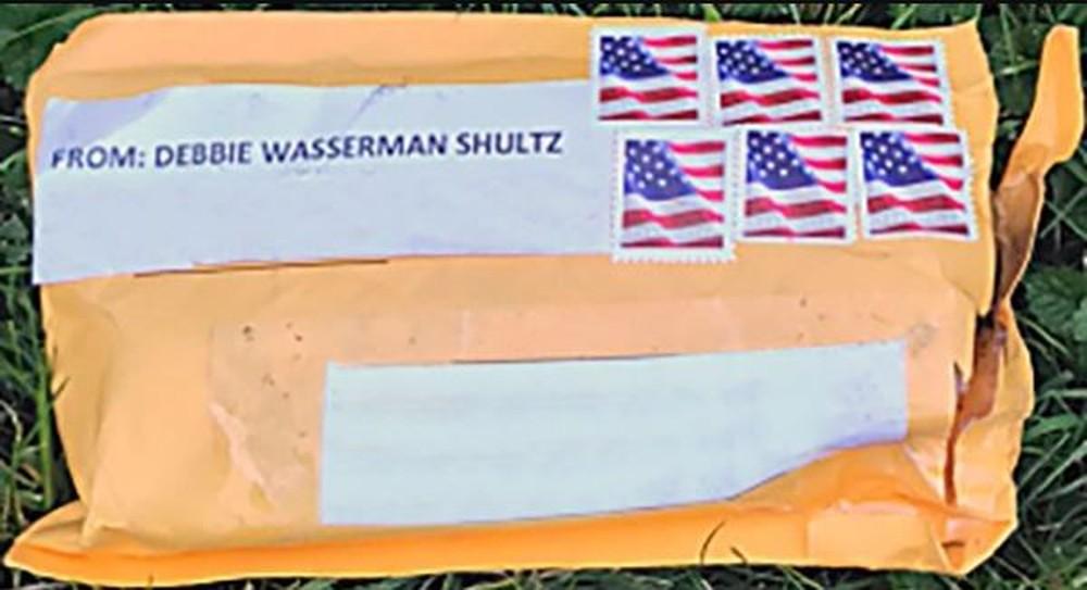 FBI investiga se pacotes-bomba foram enviados da Flórida
