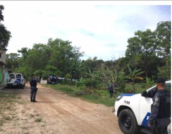 POLICIAIS MILITARES E POLICIAIS CIVIS PRENDEM QUADRILHA ENVOLVIDA COM TRAFICO DE DROGAS NA CIDADE DE ANCHIETA