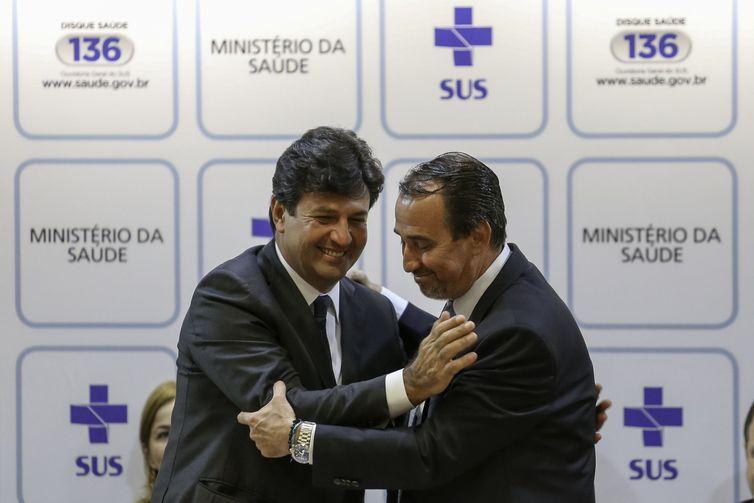 Ministro da Saúde planeja implantar terceiro turno de atendimento