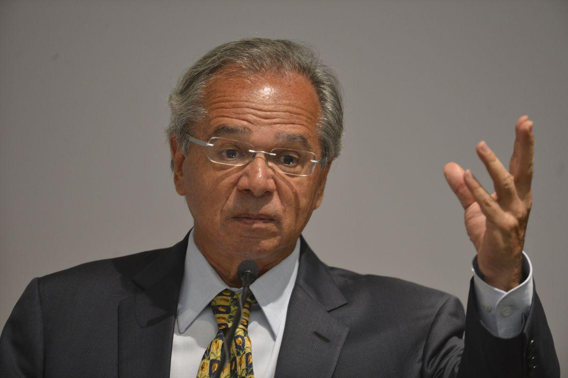 Guedes promete medidas a cada dois dias no primeiro mês de ministério