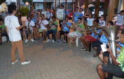 Banda 13 de Junho vai animar matinê para as crianças na Praça Central 400x255 - Iconha: Banda 13 de Junho vai animar matinê para as crianças, na Praça Central