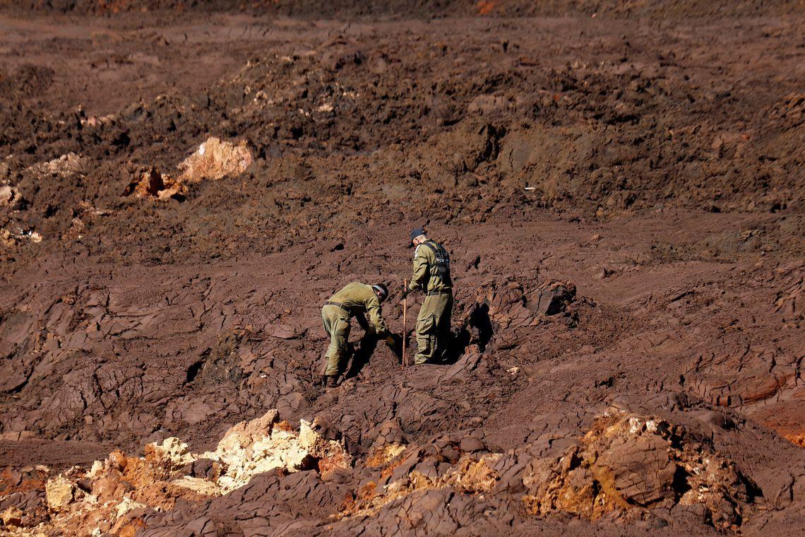 Defesa Civil conta casas atingidas em Brumadinho; mortos chegam a 165
