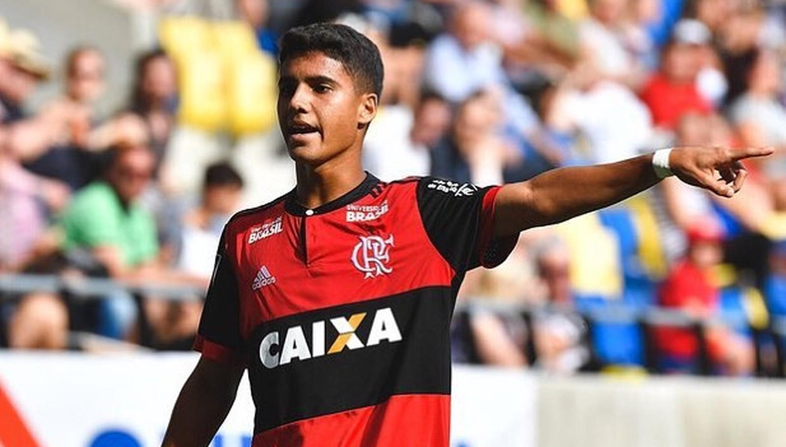 Capixaba Yuri, do Flamengo, diz estar abalado com mortes de companheiros em incêndio no CT
