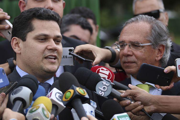 Senado aguarda com ansiedade PEC da Previdência, afirma Alcolumbre