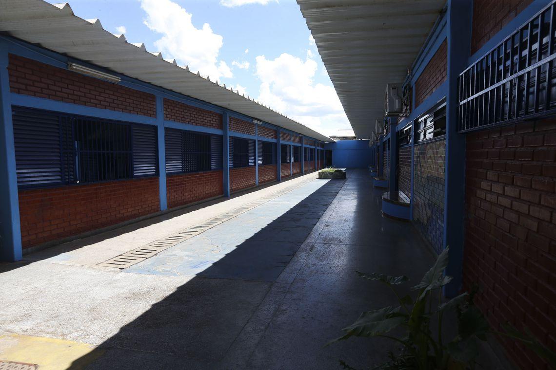 MEC finaliza proposta de ampliação de escolas cívico-militares no país