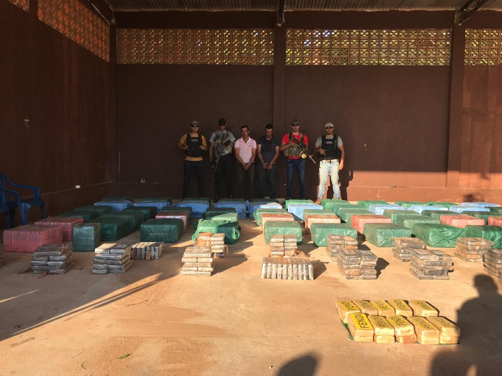 Polícia paraguaia apreende 2,2 toneladas de cocaína na região de fronteira com o Brasil