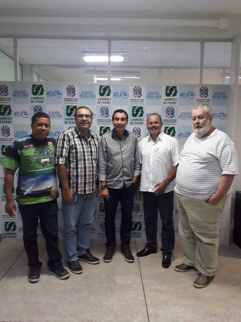 Acec participa de reunião com o governo e pede apoio aos seus filiados.