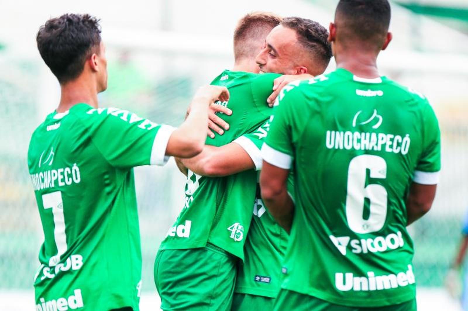 Chapecoense goleia o Serra-ES e avança na Copa do Brasil sub-20