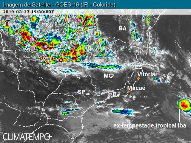 Iba não é mais tempestade tropical e enfraquece no oceano