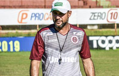 """Rossato 400x255 - Rossato não vê vantagem para a Desportiva em encontro com """"ex-grenás"""" do Rio Branco VN"""