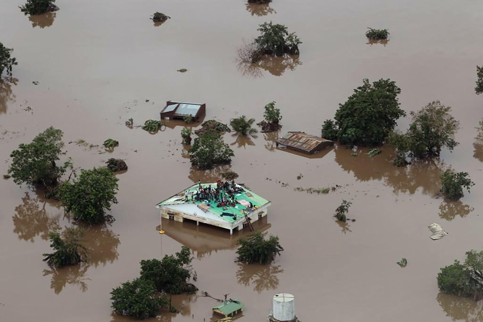 Número de vítimas de ciclone em Moçambique e Zimbábue deve 'crescer significativamente', alerta Cruz Vermelha