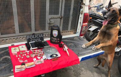 FOTO RELEASE 052 400x255 - OPERAÇÃO POLICIAL PRENDE ARMA E DROGAS EM ANCHIETA