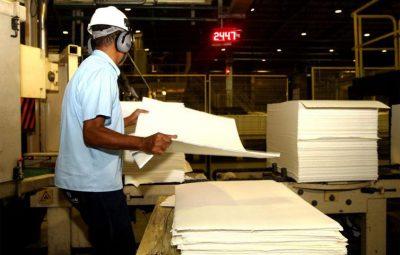 Produção industrial 400x255 - Tragédia em Brumadinho prejudica indústrias de Minas e Espírito Santo