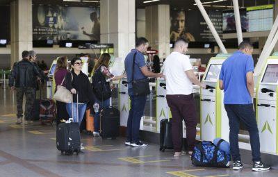 bagagem despachada 400x255 - STJ mantém decisão que autoriza aéreas a cobrar bagagem despachada