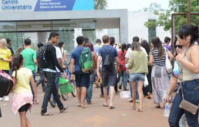 estudantes 400x255 - Enem: 3 milhões de estudantes já pediram isenção da taxa