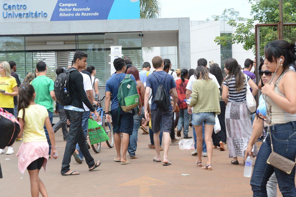 Enem: 3 milhões de estudantes já pediram isenção da taxa
