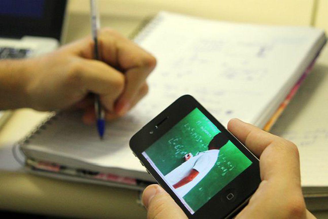 Metade das bolsas integrais do ProUni é em cursos a distância