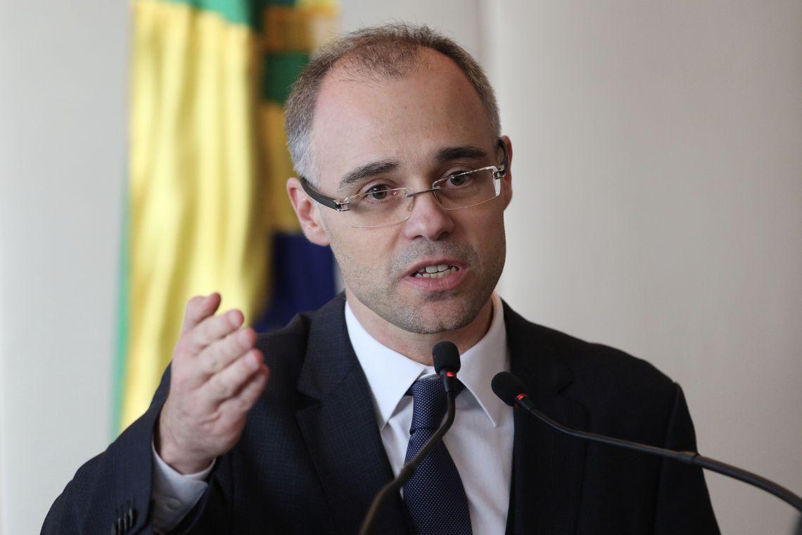 """""""O país agradece"""", diz AGU após STF liberar venda de subsidiárias"""