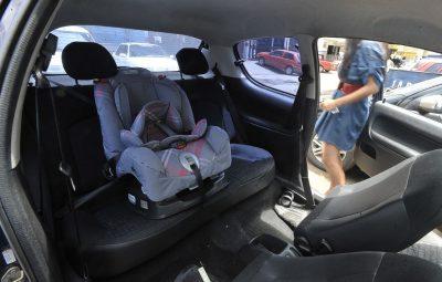 cadeirinha para criança 400x255 - Detran explica transporte de bebês em veículos de aluguel
