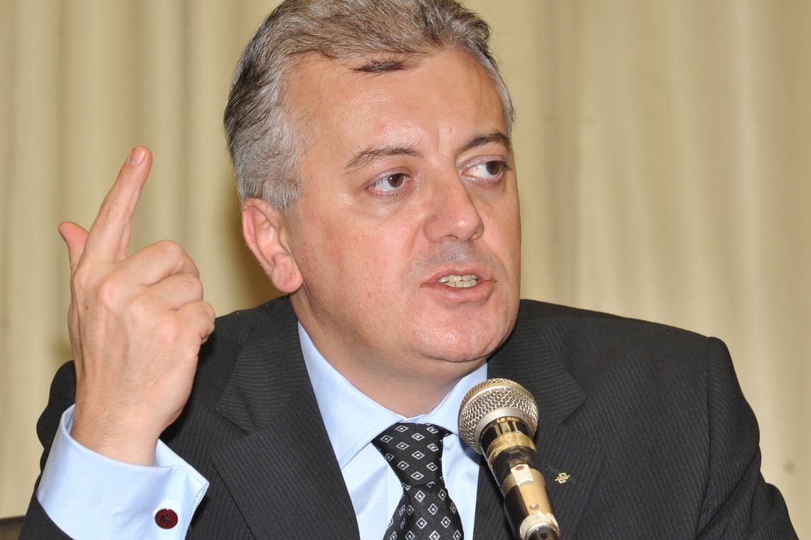 TRF reduz pena, mas mantém condenação de ex-presidente da Petrobras