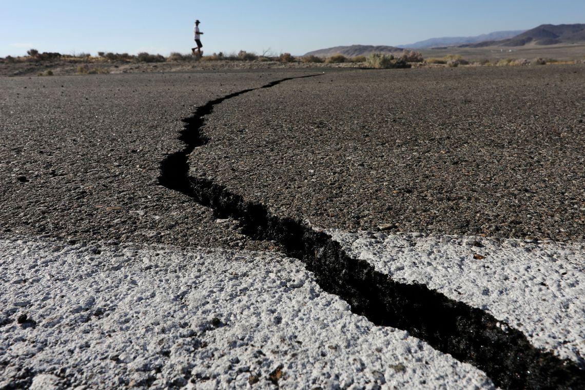 Terra treme no sul da Califórnia e sismólogos alertam para mais abalos