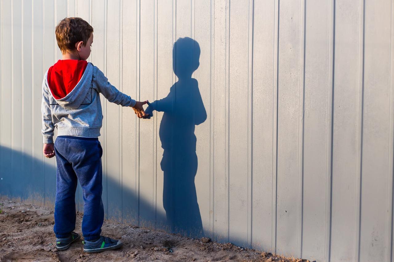 Discriminação contra pessoas com autismo poderá ser relatada via disque-denúncia